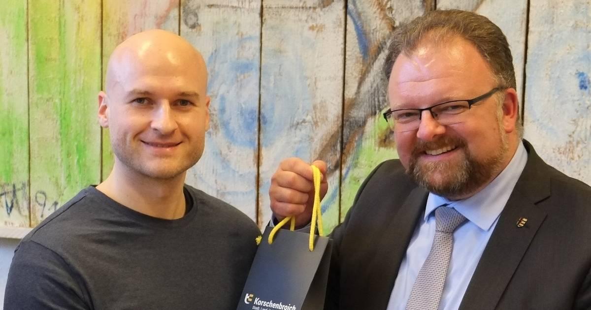 Korschenbroich: Kamil Albrecht rettet 93-Jährigem das Leben.