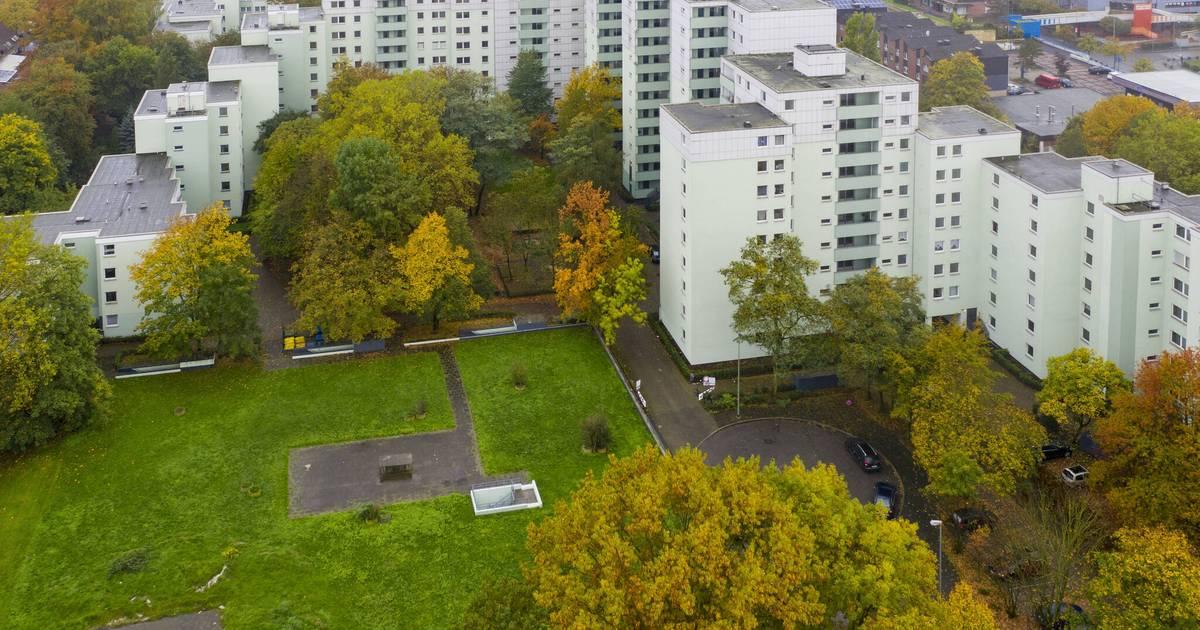 """Stadt Duisburg lässt Hochhäuser von """"Altro Mondo"""" räumen"""