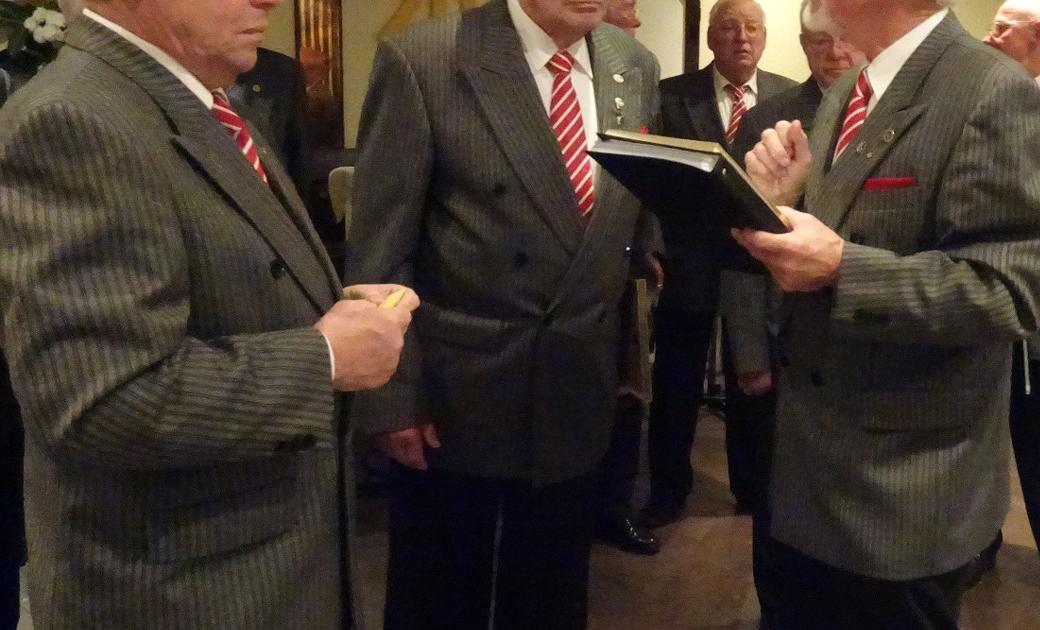 "Quartettverein: Chor ""Sängerlust"" feiert sein 99. Stiftungsfest im Vereinslokal"