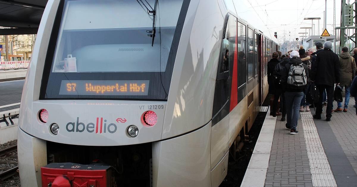 Kürzere Taktzeiten für S7 in Remscheid gefordert