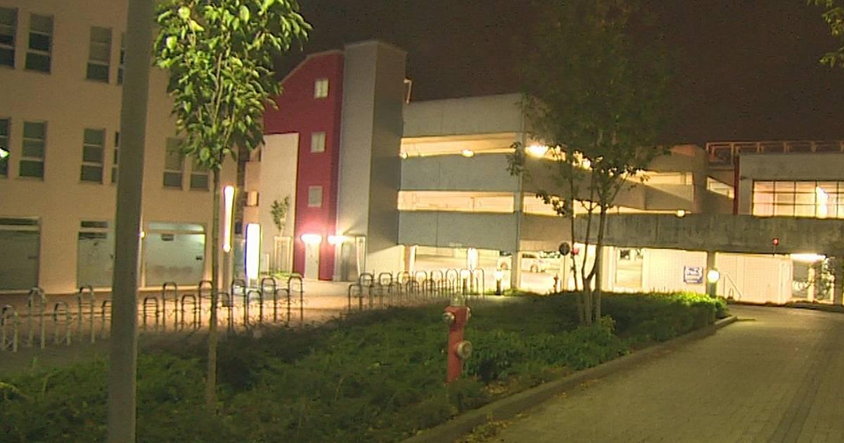 Moers: Tote Frau im Parkhaus am St. Josef-Krankenhaus entdeckt