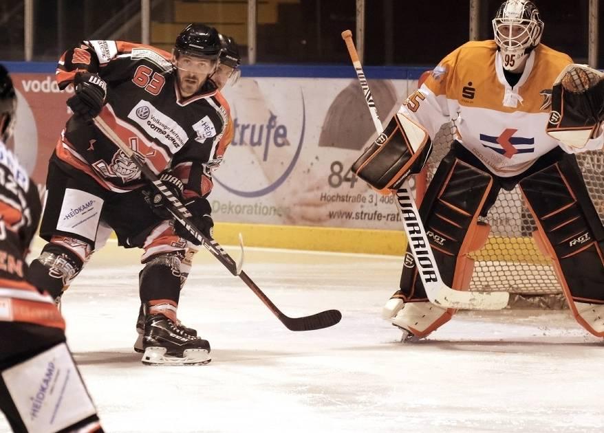 Regionalliga: Ratinger Ice Aliens gewinnen gegen Dinslakener Kobras