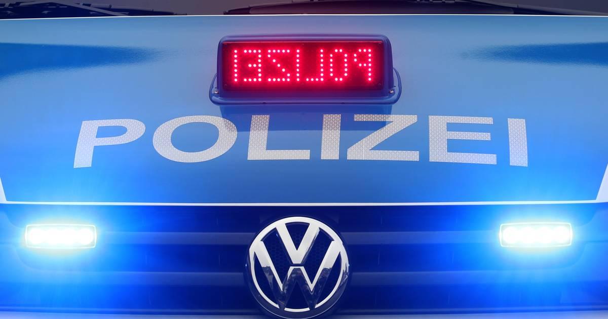 Mettmann: Auto brennt – Busfahrer fährt einfach weiter