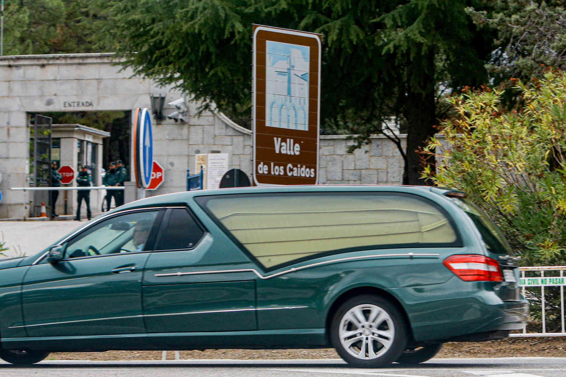 Umstrittene Umbettung: Neues Grab für Spaniens Diktator Franco