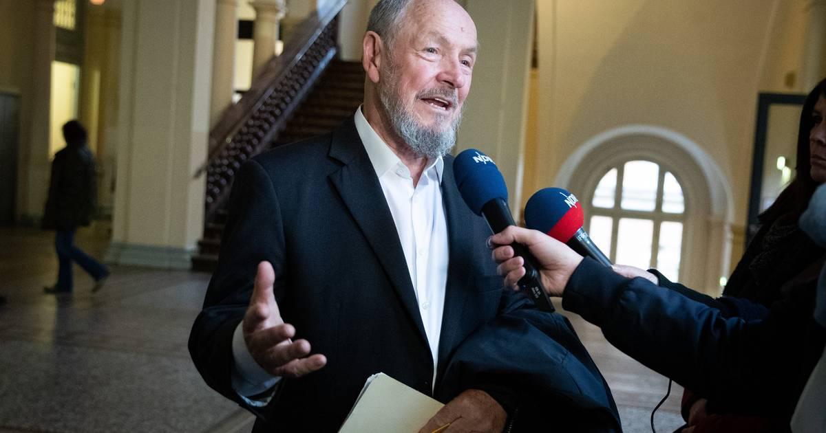 Stutthof-Prozess: KZ-Überlebender umarmt ehemaligen Wachmann vor Gericht