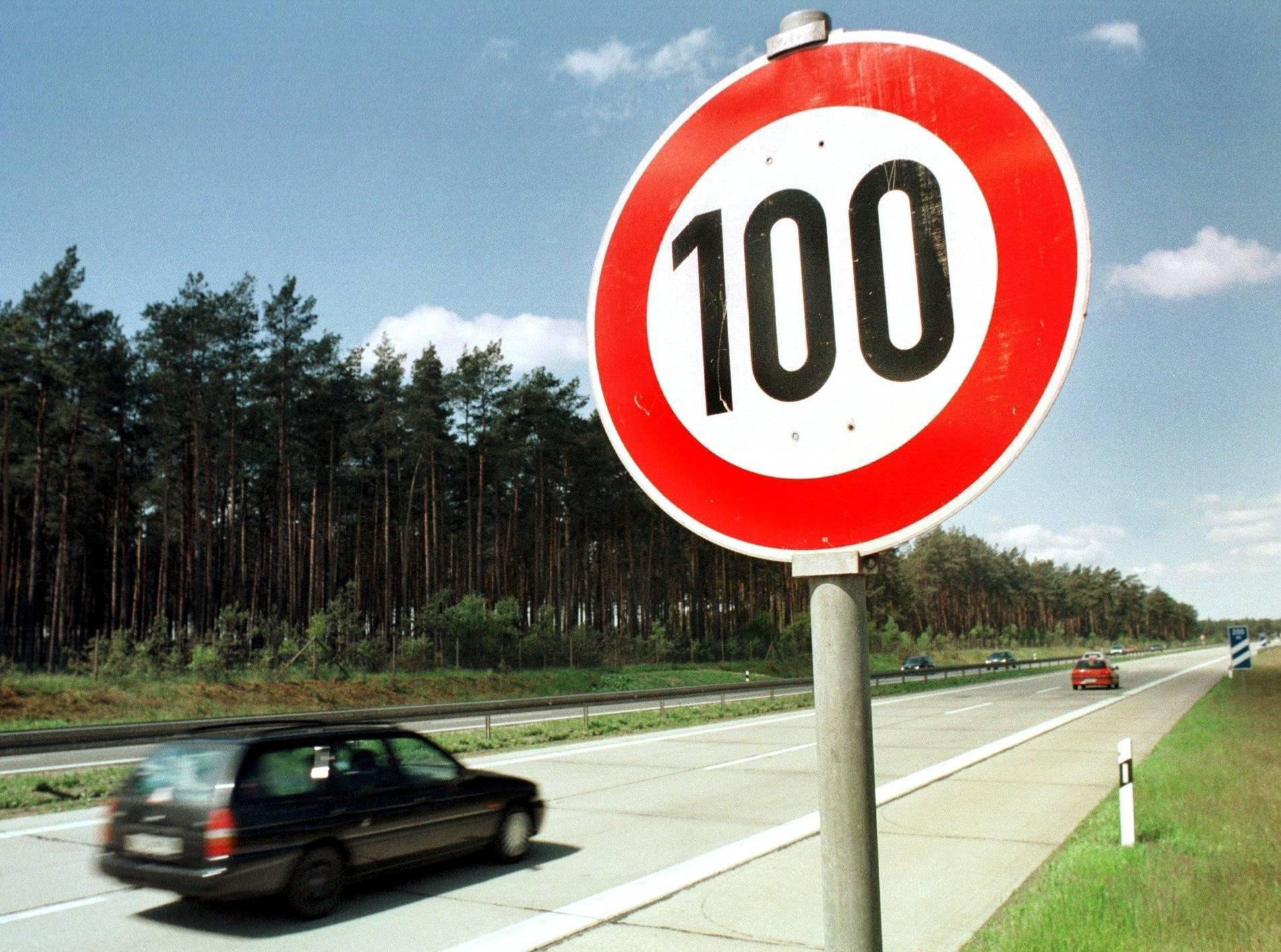 Niederlande wollen Tempolimit 100 auf Autobahn - Kampf gegen Klimawandel
