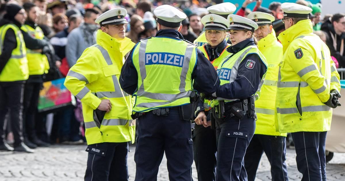 Köln: Kabelbinder-Attacke an Karneval - Polizei sichtet WDR-Filmmaterial