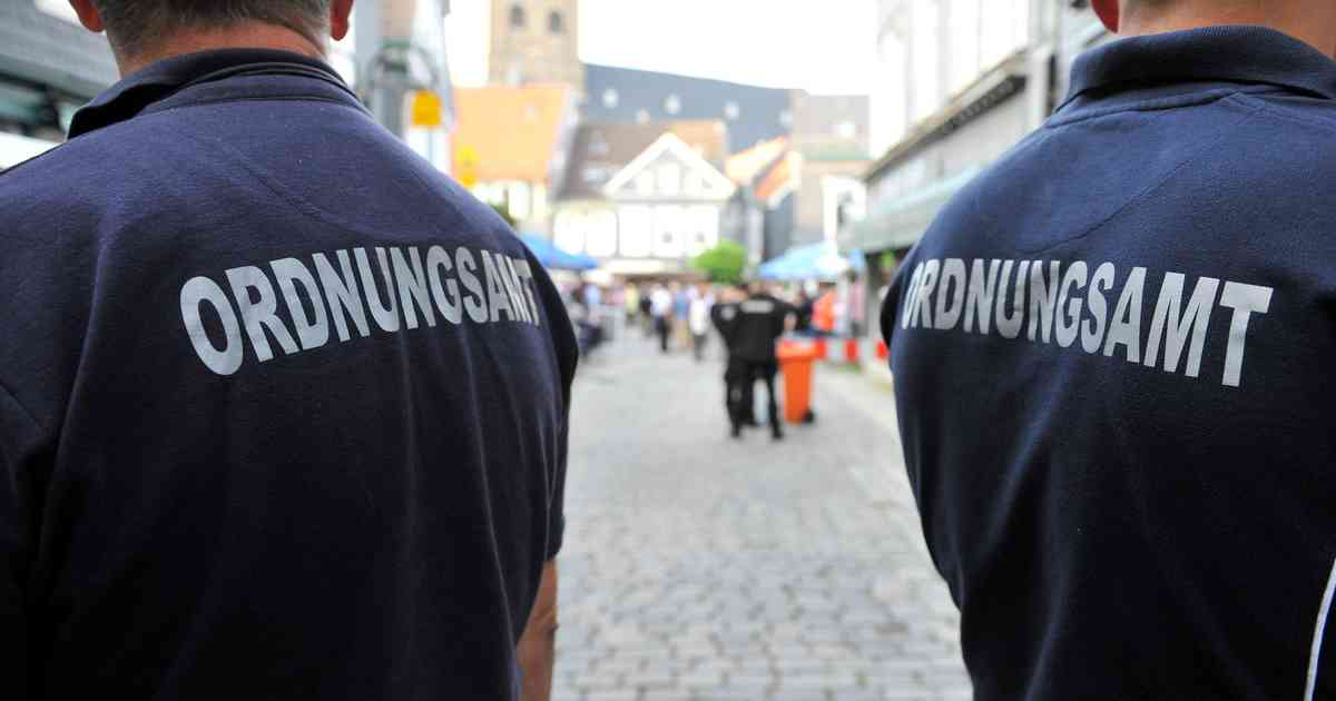 Düsseldorf: Rapper aus Köln beleidigt Ordnungsamt-Mitarbeiter