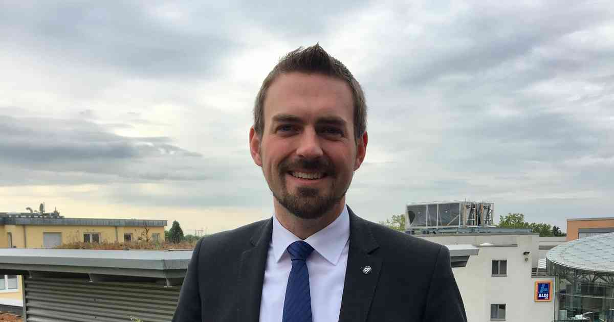 Kommunalwahl 2020 in Dormagen: Bürgermeister Erik Lierenfeld tritt erneut an