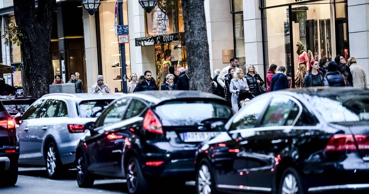 In Städten: Anwohner sollen bis zu 200 Euro für Parken zahlen