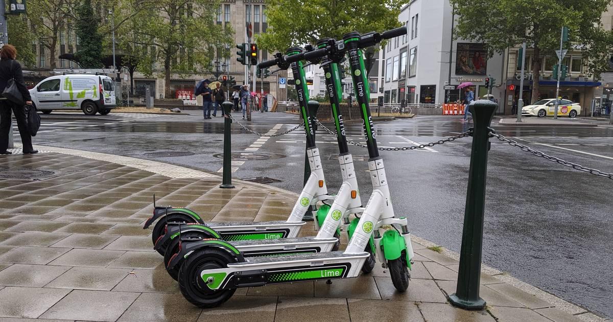 E-Scooter-Anbieter in Düsseldorf: Lime lässt Nutzer Bußgelder zahlen