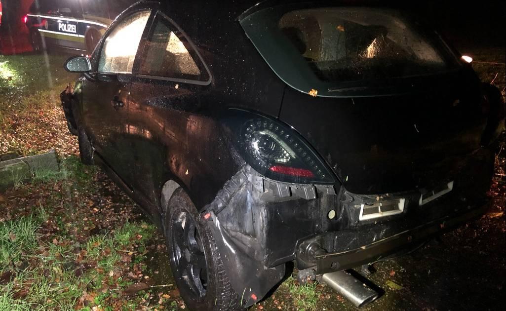 Polizei löst Rätsel um Chaosfahrt in Opel Corsa von Hamminkelner