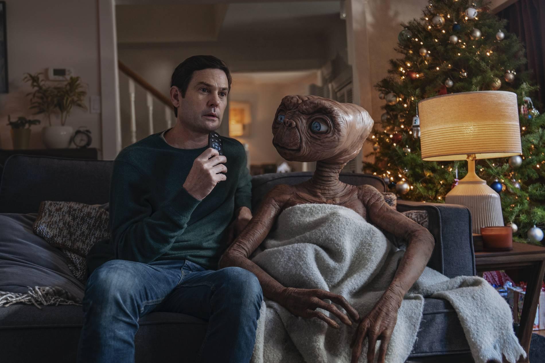 E.T. kehrt nach 37 Jahren zurück | Henry Thomas wieder als Elliot