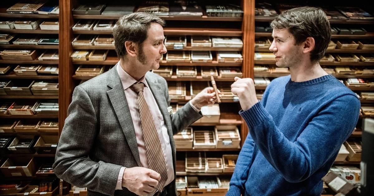 Düsseldorf: Auf eine Zigarre mit Linzbach-Inhaber Werner Schmitz