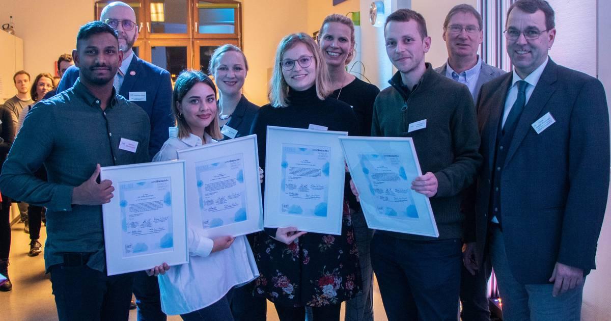 Krefeld: Studierende für ehrenamtliches Engagement ausgezeichnet