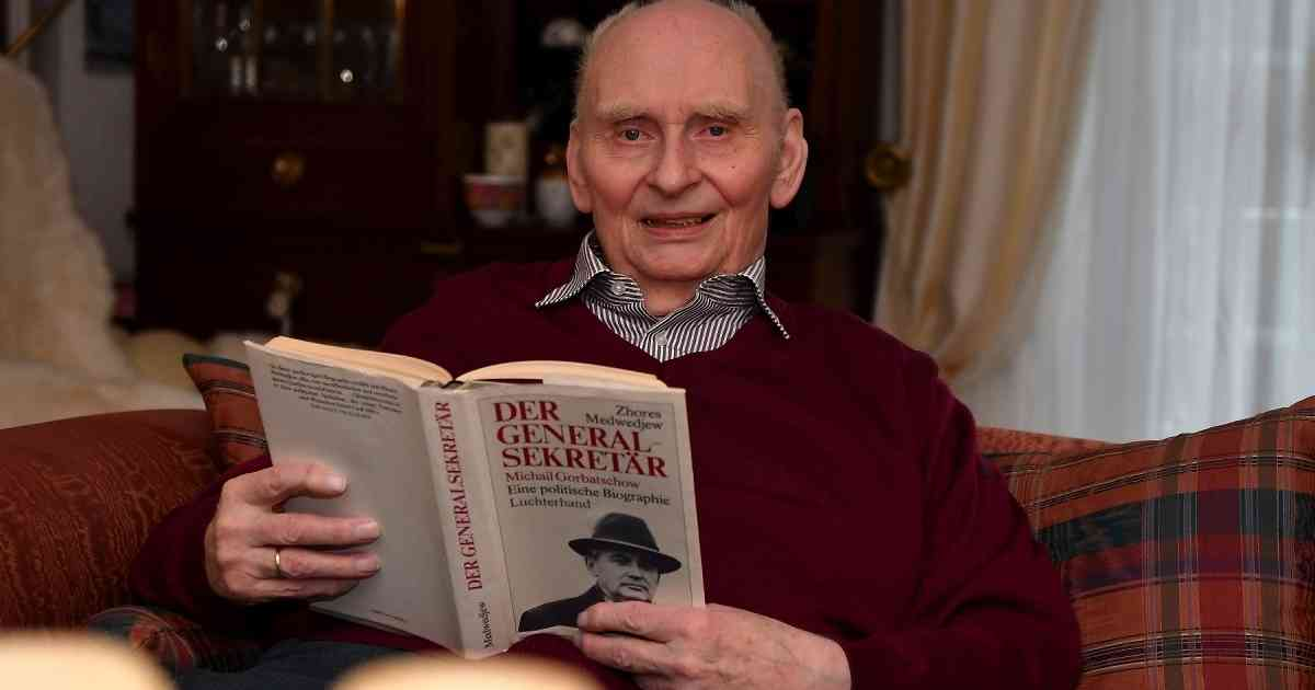 Der Radevormwalder Horst Enneper zieht sich aus der Politik zurück