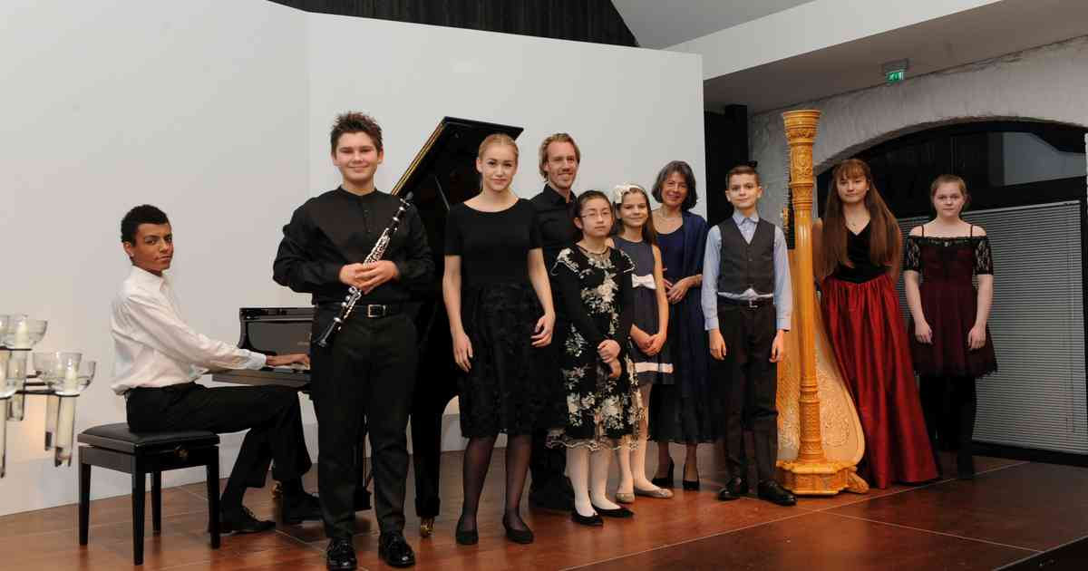 Ratingen: Weihnachtskonzert auf der Wasserburg