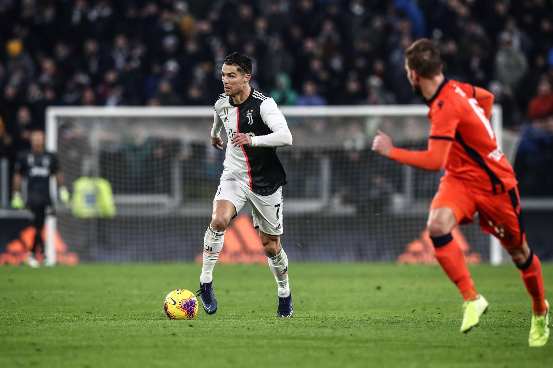 Serie A Cristiano Ronaldo F U00fchrt Juventus Turin Zum Sieg