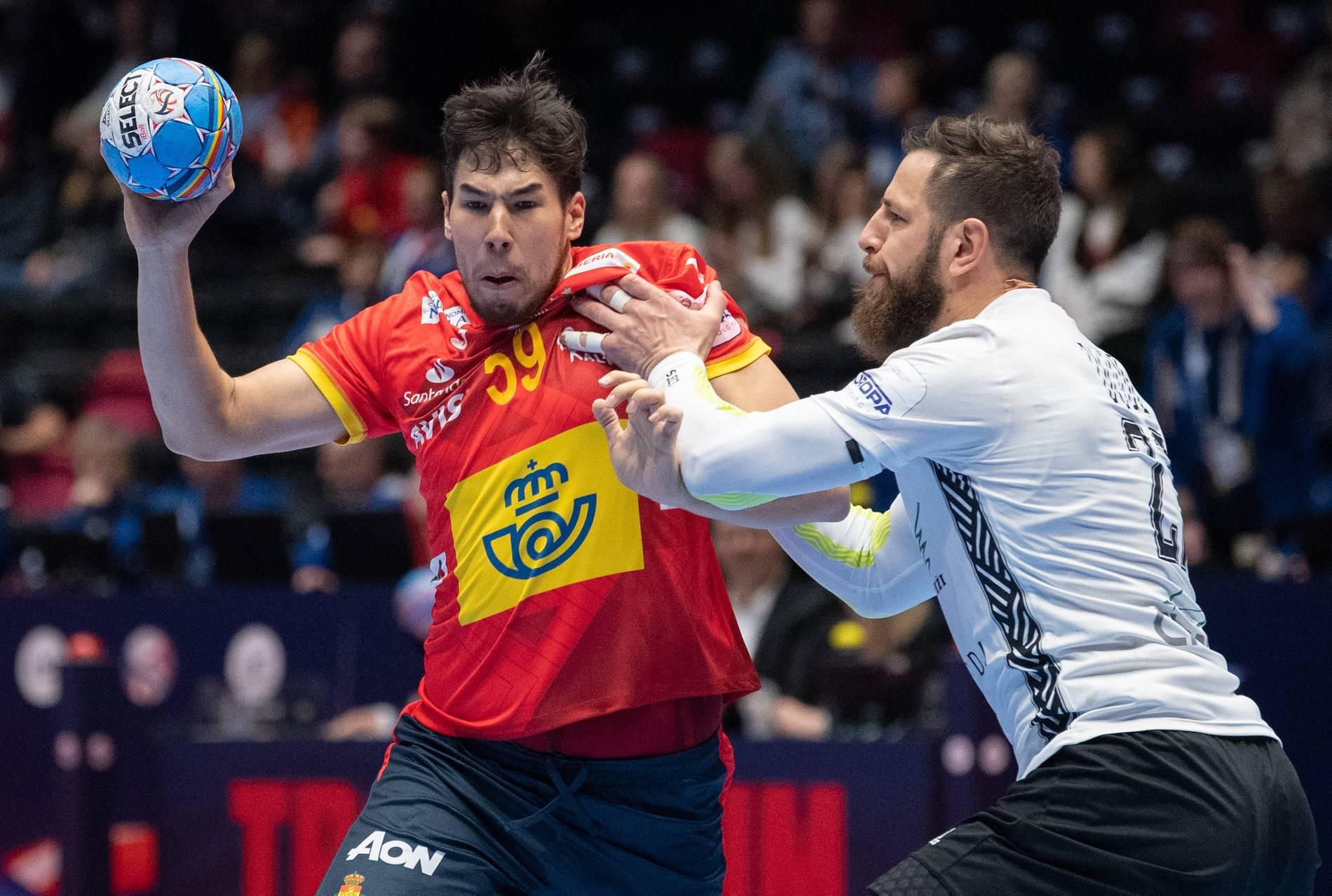 Handball Em 2020 Titelverteidiger Spanien Schlagt Lettland