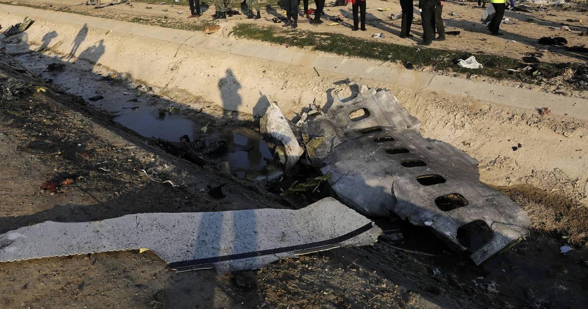 Flugzeugabsturz im Iran: Internationale Experten untersuchen den Fall