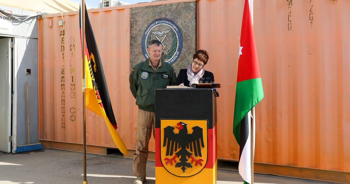 Bundeswehr im Irak: Kramp-Karrenbauer will, dass Truppen bleiben