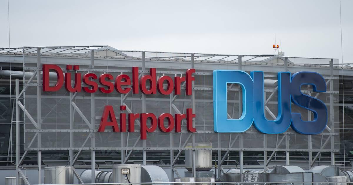 Flughafen Düsseldorf: 40 Menschen leicht verletzt - Ursache unklar