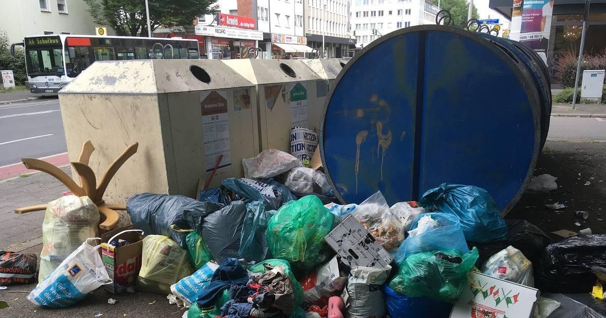 Mönchengladbach: Container werdenrücksichtslos zugemüllt