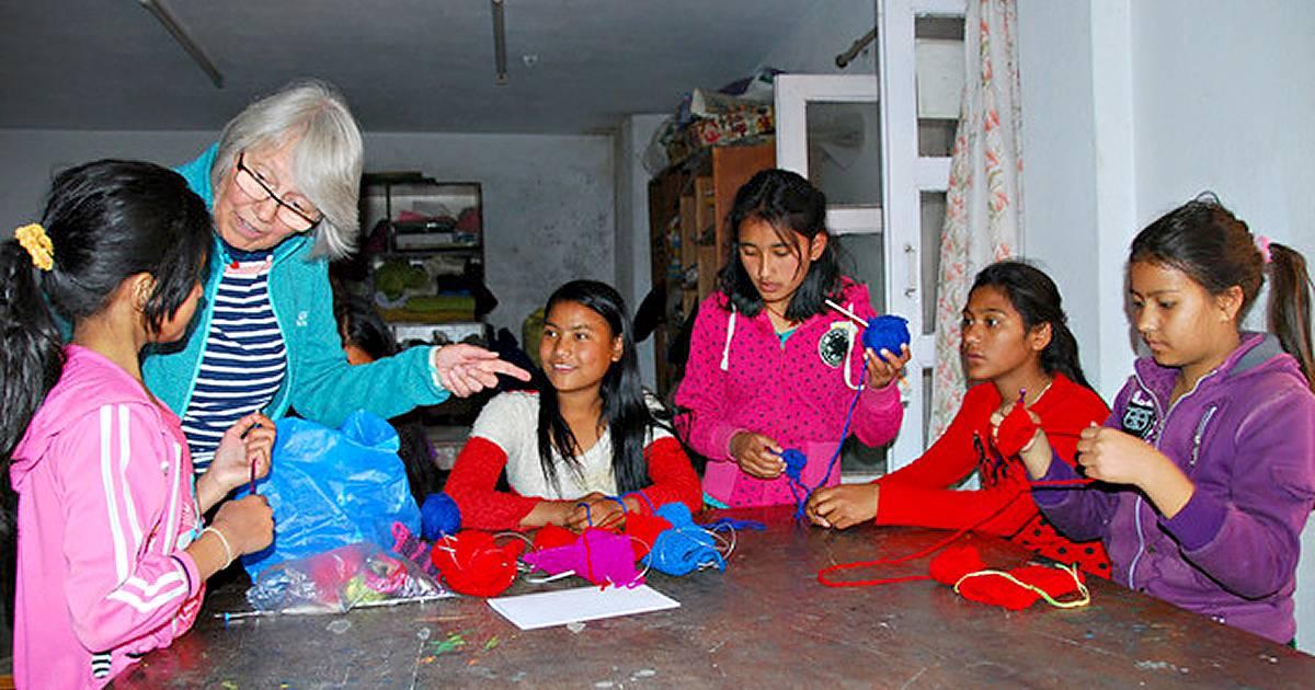 Mettmannerin hilft Kindern in Nepal