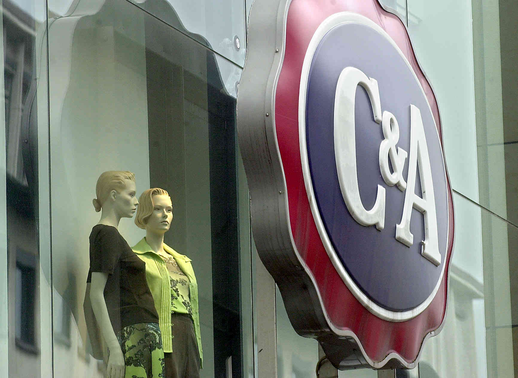 Modehändler: C&A will 13 Filialen in Deutschland schließen