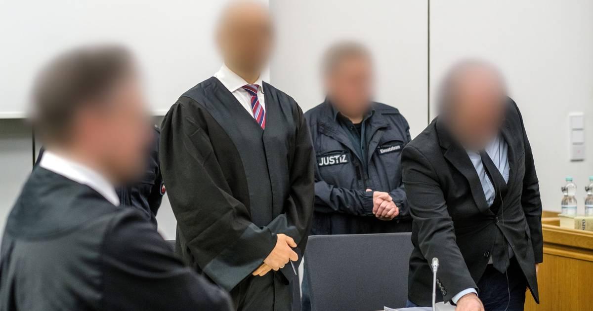 Duisburg: Prozess gegen Abu Walaa - Angeklagter räumt Sympathie für IS ein