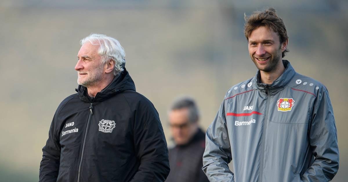 Bayer 04 Leverkusen Rudi Völler erklärt die Wintertransfers der Werkself
