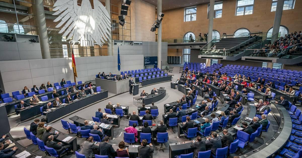 Diäten werden erhöht: Bundestagsabgeordnete bekommen ab März mehr Geld