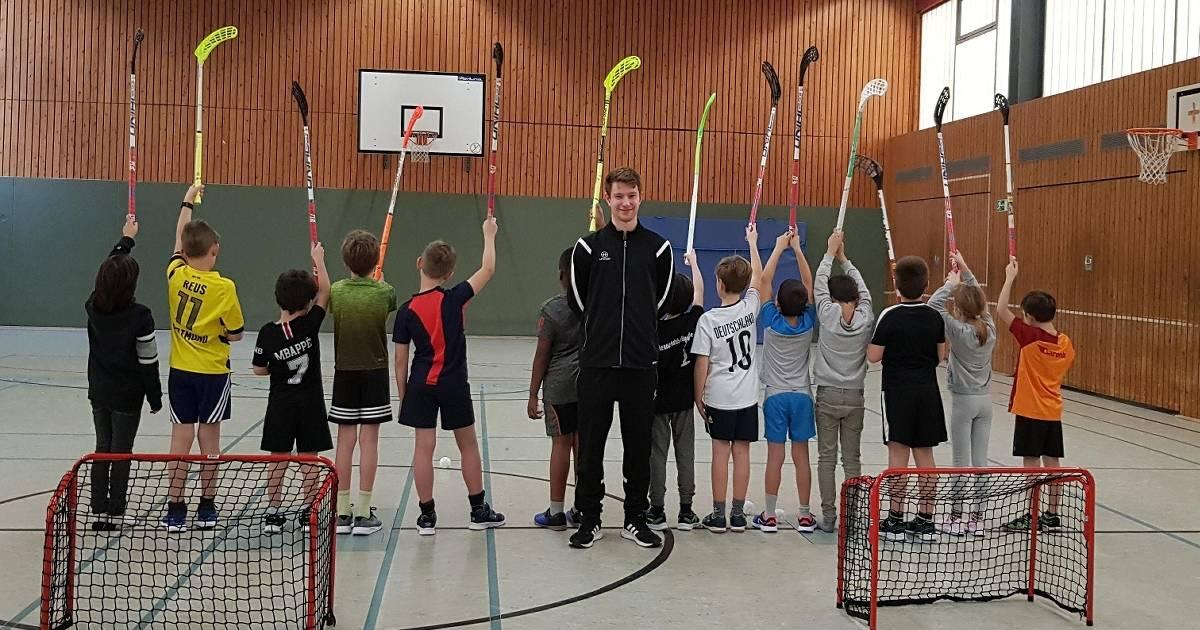Crash Eagles und DJK Holzbüttgen in Kaarst: Vereine bauen Kooperation mit Schulen aus