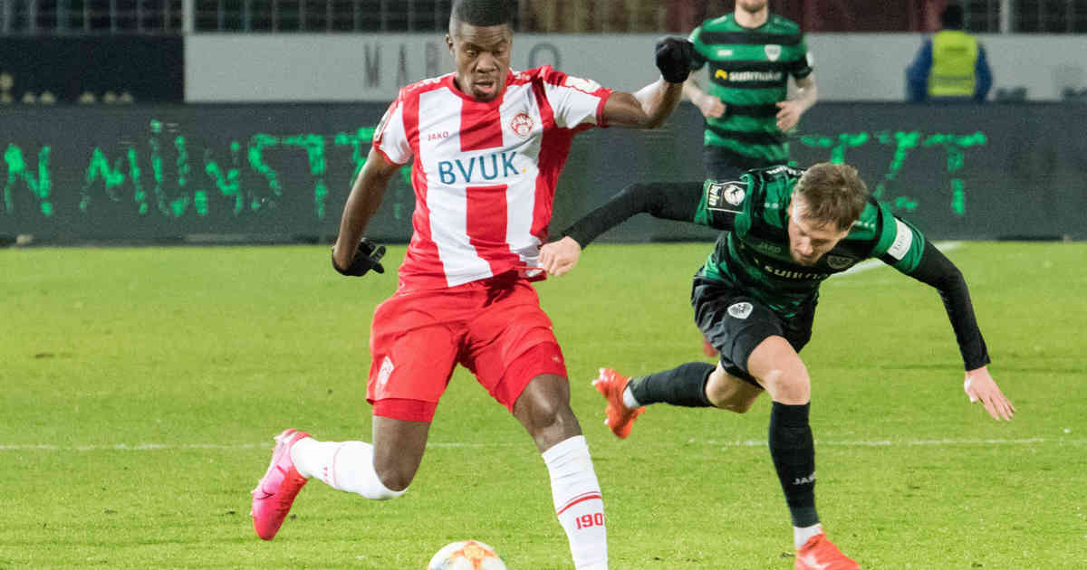 Beim Spiel bei Preußen Münster: Rassismus-Opfer Kwadwo spricht sich für Spielabbrüche aus