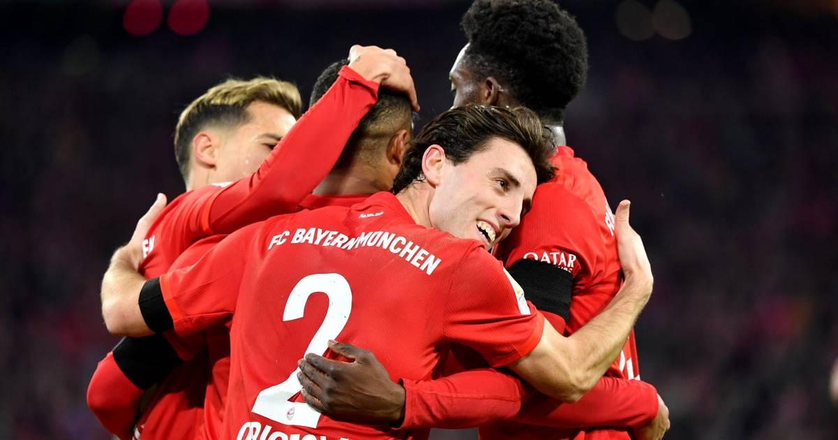 Neuer patzt, Lewandowski trifft: Bayern zittert sich zum Last-Minute-Sieg gegen Schlusslicht Paderborn