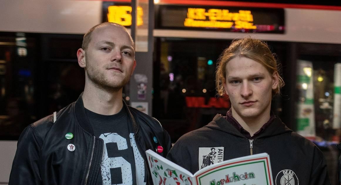 Auf Veranstaltung in Krefeld entdeckt: Wie zwei 20-Jährige das rassistische AfD-Malbuch an die Öffentlichkeit brachten