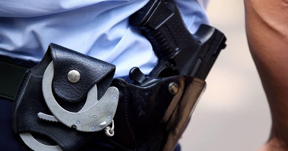 Polizei sucht Zeugen: Maskierter raubt Tankstelle in Dormagen aus