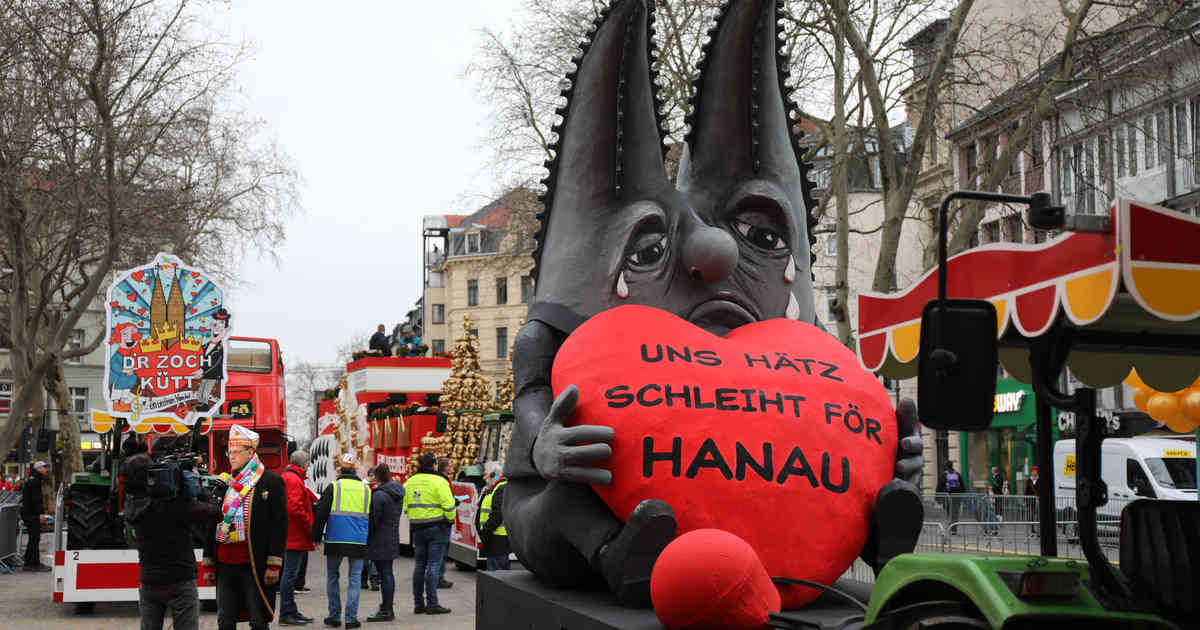 Rosenmontagszug 2020: Kölner Dom trauert als Karnevals-Motivwagen um die Opfer von Hanau