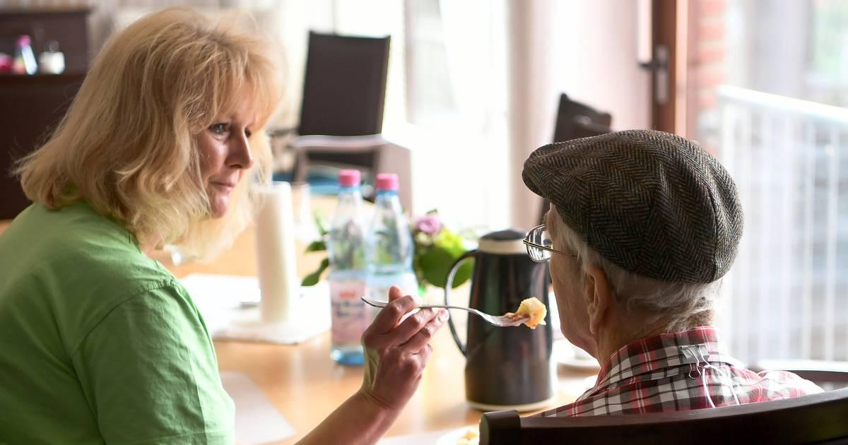 Gutachten im Auftrag des Gesundheitsministerium: Pflegeheime brauchen 100.000 zusätzliche Fachkräfte
