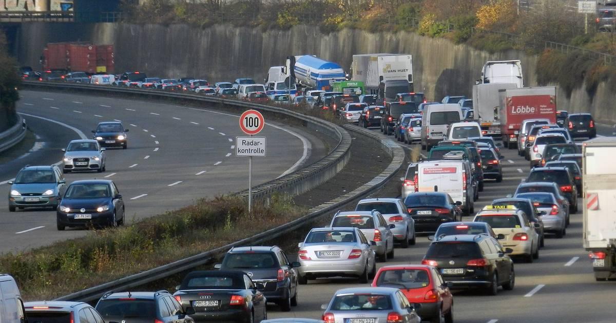 Verkehrsmeldungen A44