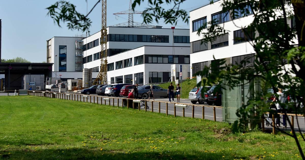 Paar nach Urlaub auf Isolierstation: Zwei Corona-Verdachtsfälle in Duisburger Krankenhaus
