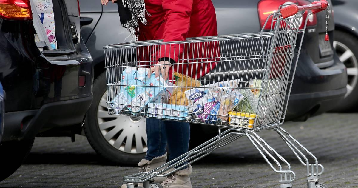 Toilettenpapier und Konserven: Virus-Angst sorgt für erste Hamsterkäufe