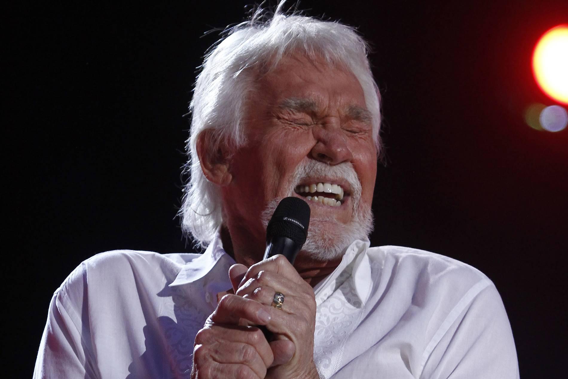Trauer um Country-Sänger: Kenny Rogers stirbt mit 81 Jahren