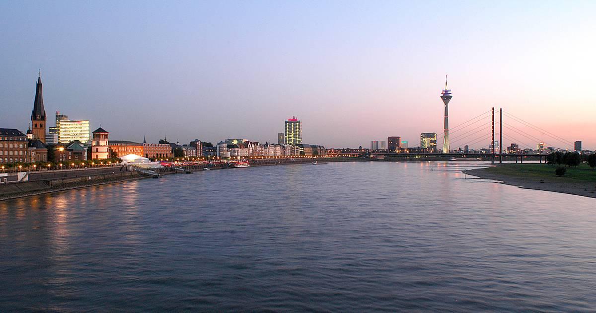 Wegen Corona mit Einschränkungen: Earth Hour 2020 - Düsseldorf schaltet das Licht aus