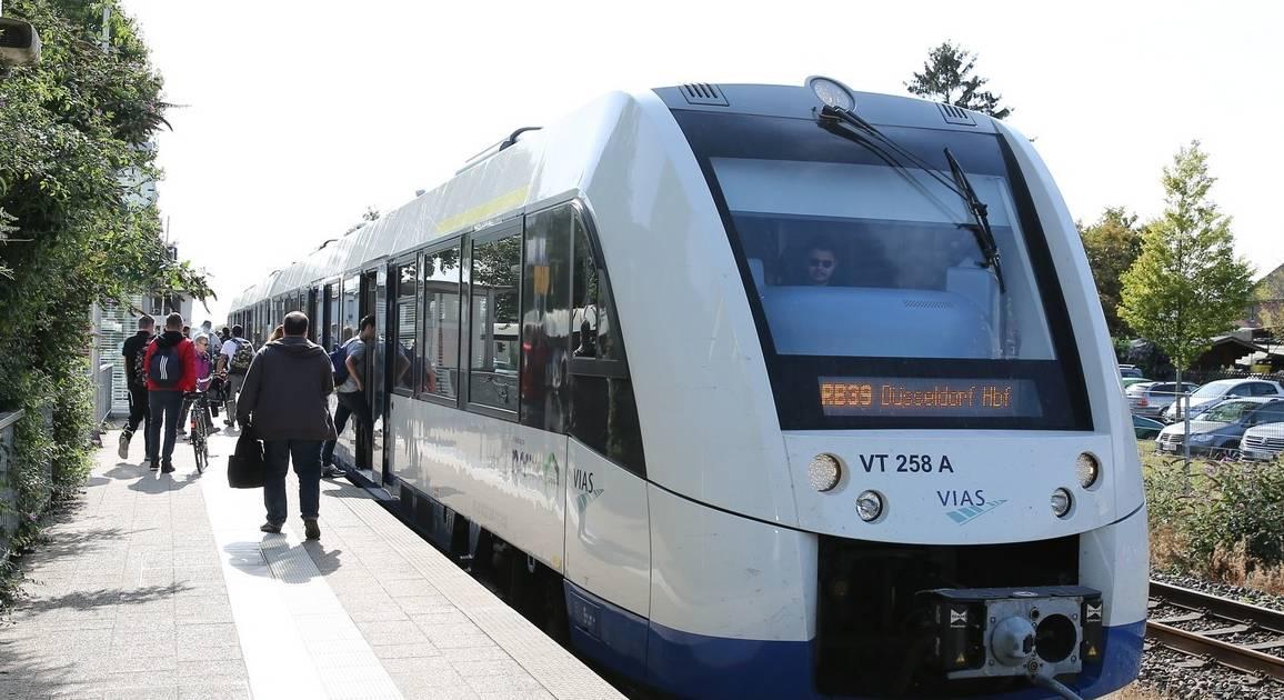 Bahnverkehr in Grevenrboich: VRR-Vergleich - Vias-Züge besser als DB-Bahnlinien