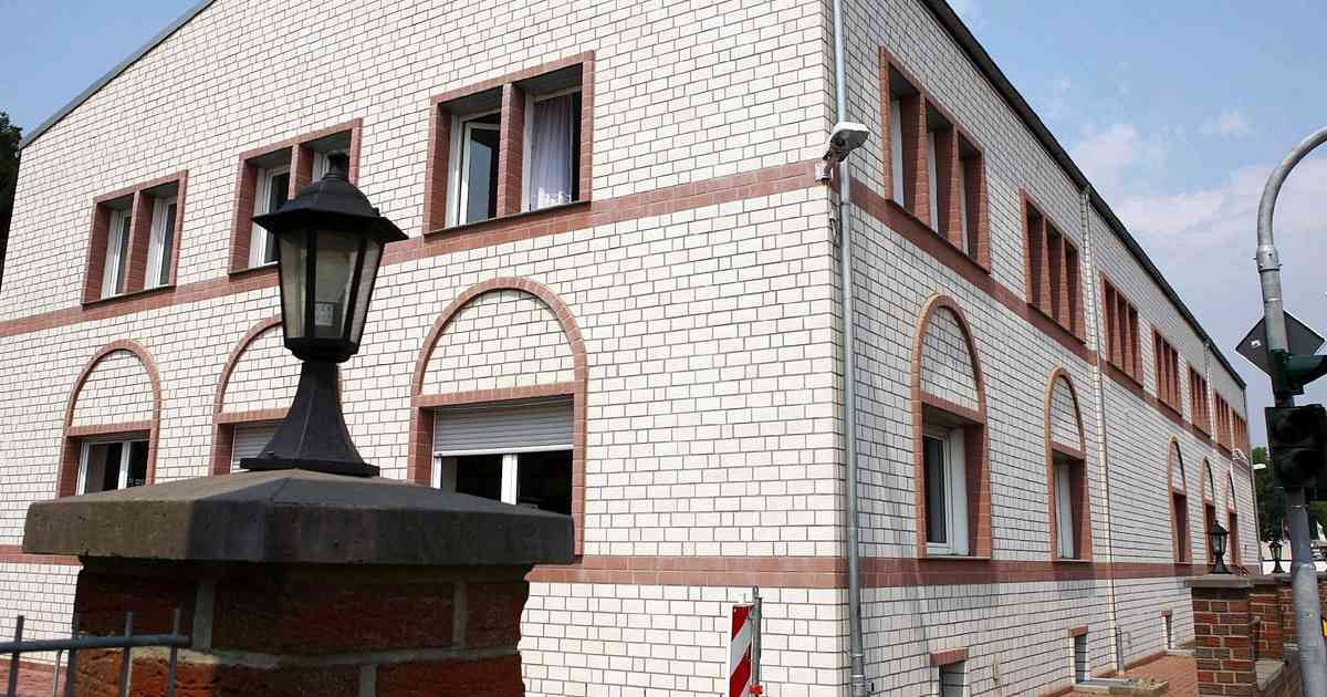 Gebetsrufe in Mönchengladbach: Stadt löst Versammlung vor Moschee auf