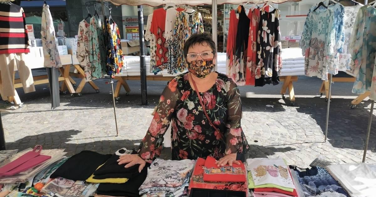 Dormagener Markt: Modeartikel sind zurück auf dem Wochenmarkt