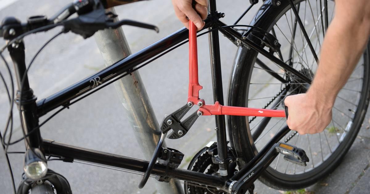 Düsseldorf-Himmelgeist: Aufmerksamer Zeuge ruft Polizei - Fahrraddiebe festgenommen