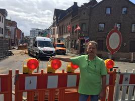 An der Bahnstraße in Grevenbroich: Geschäftsleute klagen über Einbußen wegen Baustelle