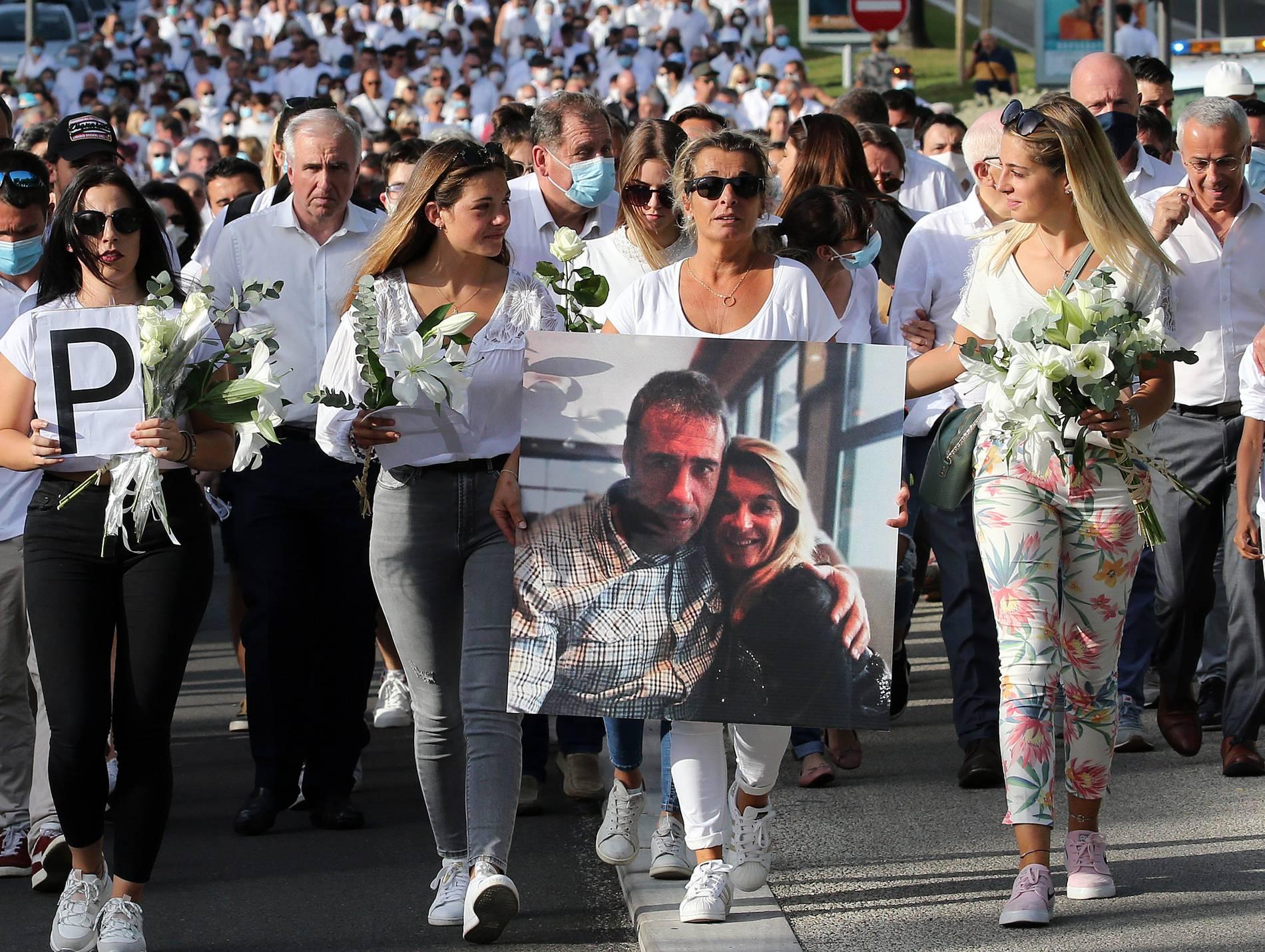 Busfahrer in Frankreich nach Corona-Angriff gestorben